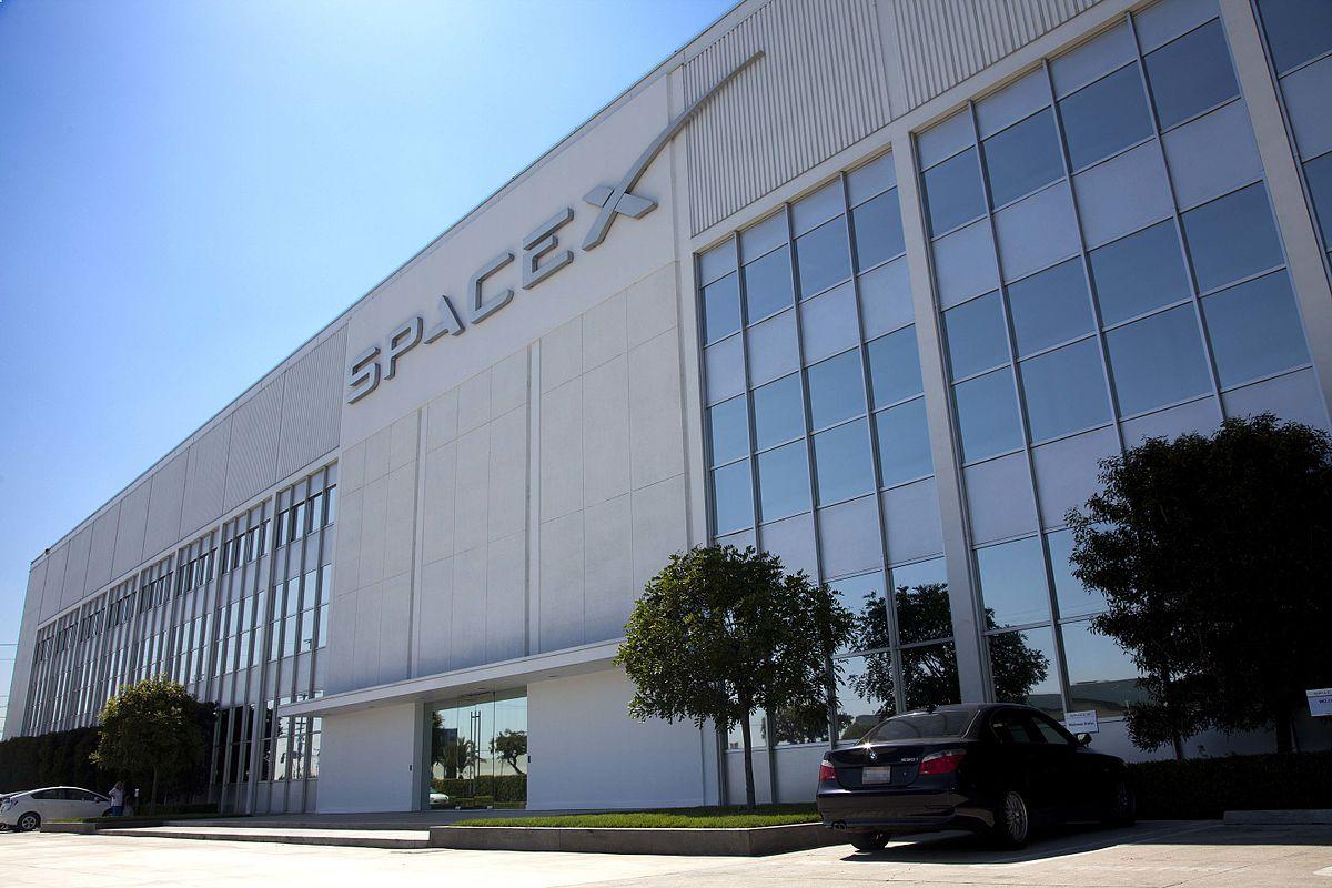 SpaceX оголосила ціну підключення до сервісу супутникового інтернету