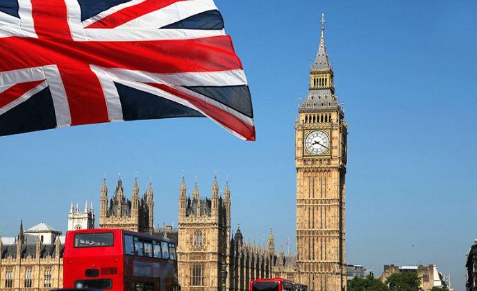Дефицит бюджета Великобритании вырос до рекордных £214,9 млрд