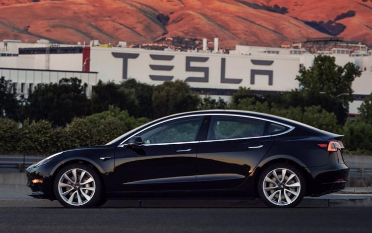 Акции Tesla войдут в индекс S&P 500 до конца года