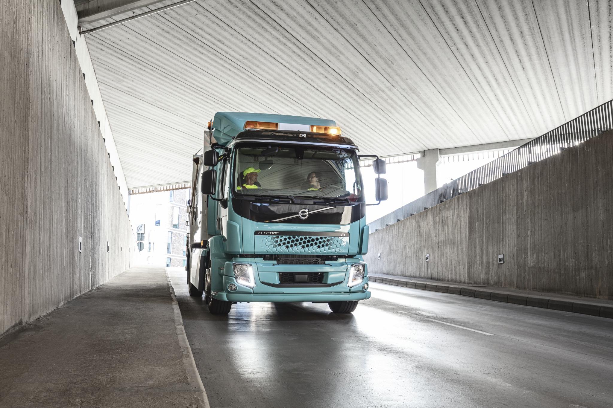 Volvo Trucks анонсує старт продажів повністю електричних Volvo FH, Volvo FM і Volvo FMX у 2021 році