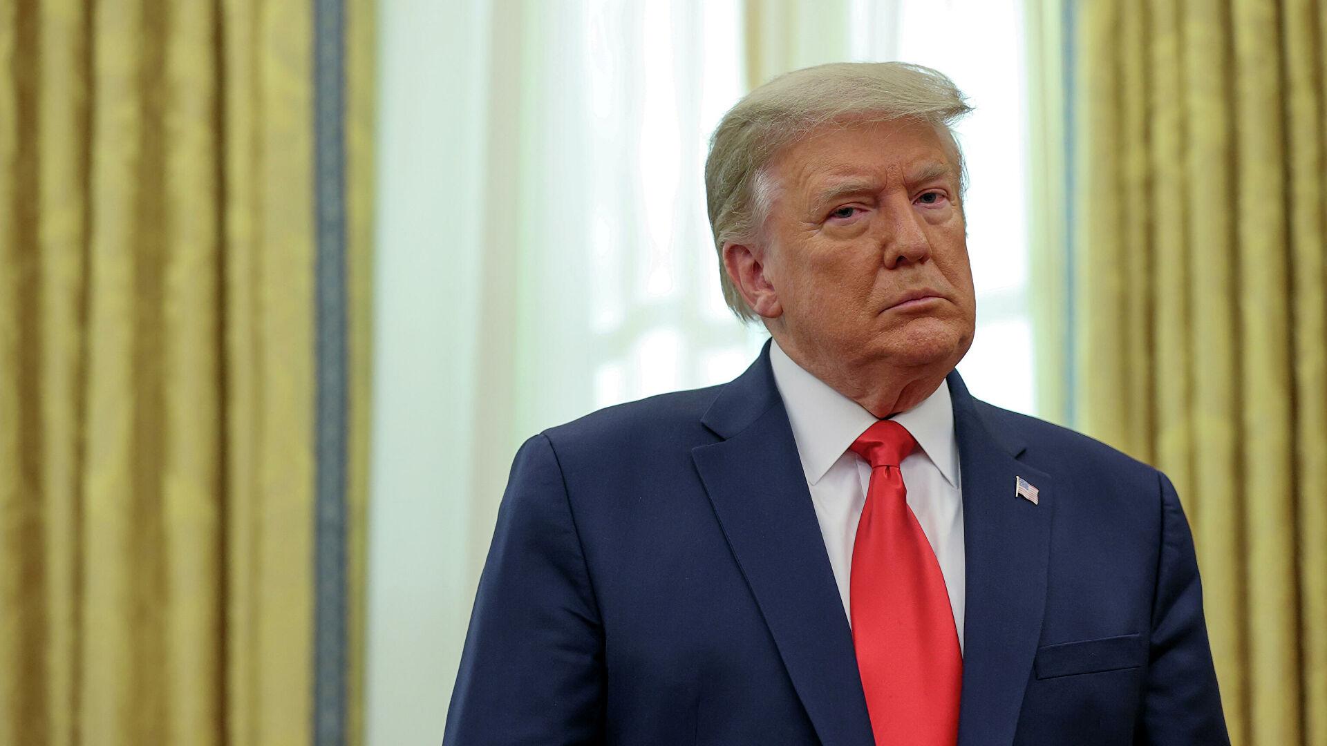 Трамп подписал бюджет на 2021 год и одобрил пакет мер по спасению экономики