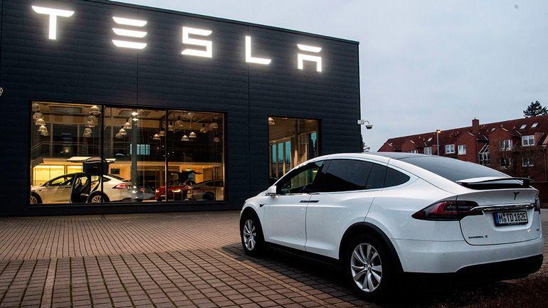 Tesla shares rose nearly $ 50 billion a day