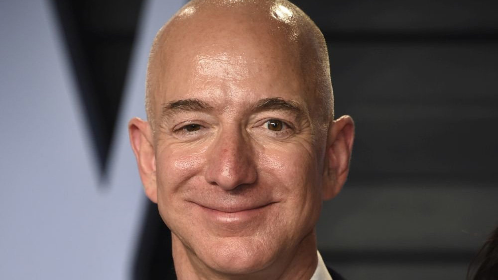 Bezos sold Amazon shares for $ 6.7 billion